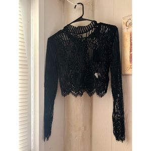 Tops - FOREVER 21 LONG SLEEVE LACE CROP TOP
